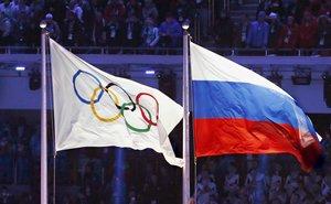 Russisches Frauenteam für Sotchi 2014 nachträglich disqualifiziert, sechs Spielerinnen lebenslang gesperrt – Warten auf IIHF-Beschluss