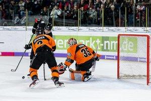 Nürnberg ringt Grizzlys nieder, verrückte Spiele in Straubing und München