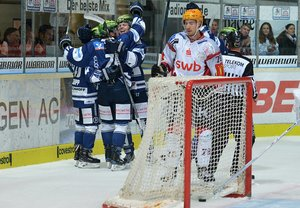 4:2-Erfolg über Bremerhaven: Vierter Sieg im vierten Heimspiel für Iserlohn