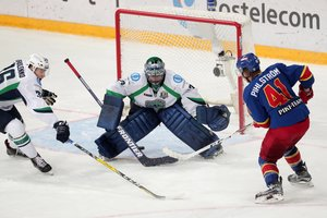 Krefeld Pinguine lotsen langjährigen KHL-Goalie Ilya Proskuryakov nach Deutschland