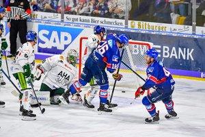 Mannheim gewinnt Topspiel der DEL, Crimmitschau bezwingt die Lausitzer Füchse, Regensburg baut Tabellenführung aus