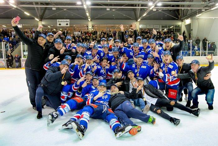 Jungadler Mannheim sichern sich gegen Eisbären Juniors Berlin ihren 15. DNL-Titel