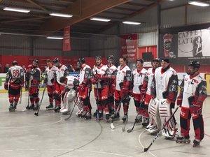 Eis und Schnee legen beinahe Skaterhockey-Spiel in Essen lahm, Köln ist Mannschaft des Jahres