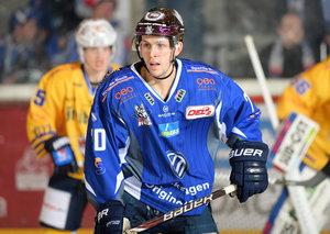 Angreifer Jens Meilleur bleibt eine weitere Saison bei den Kassel Huskies