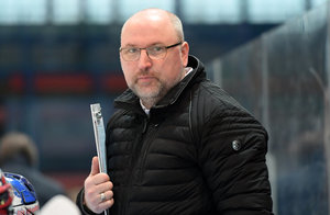 DEB: Trainer Frank Fischöder gibt das U18-Nationalteam ab und wechselt zur U17-Nationalmannschaft