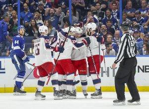 Columbus schockt Tampa Bay zum zweiten Mal, auch Islanders und St. Louis gehen in Serien 2:0 in Führung, Vegas gleicht aus