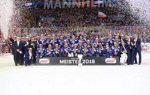 München wehrt sich nach Kräften, aber Larkin schießt Mannheim in der Overtime erstmals seit 2015 wieder zum Titel