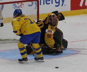 Jenny Harß führt DEB-Frauen zum 2:1-Erfolg nach Penalty-Schießen gegen Schweden