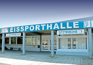 Deutliches Votum der Bürger: Eissporthalle Unna wird nicht abgerissen –Auch Entscheid in Timmendorf