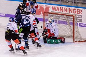 Straubing fertigt Innsbruck mit 6:1 ab, Ingolstadt besiegt Linz und verliert Höfflin, Nürnberg unterliegt in Bietigheim