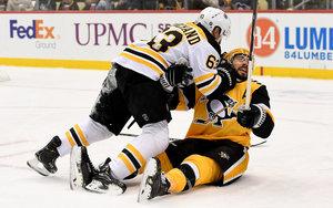 Kahun bei wildem Comeback-Sieg der Pittsburgh Penguins gegen Boston verletzt, Crosby in Top-Form