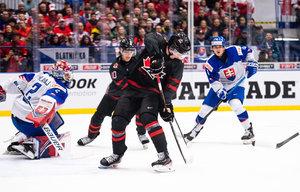 Kanada lässt der Slowakei bei Lafrenière-Rückkehr keine Chance, Russland besiegt die Schweiz