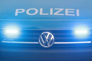 Großaufgebot der Polizei muss während DEL2-Partie zwischen Ravensburg und Landshut auf den Rängen eingreifen