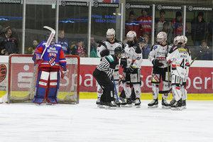 Neuzugang Deeg rettet Memmingen, Höchstadter Niederlagenserie endet gegen Deggendorf, Rennen um Platz zehn weiter offen
