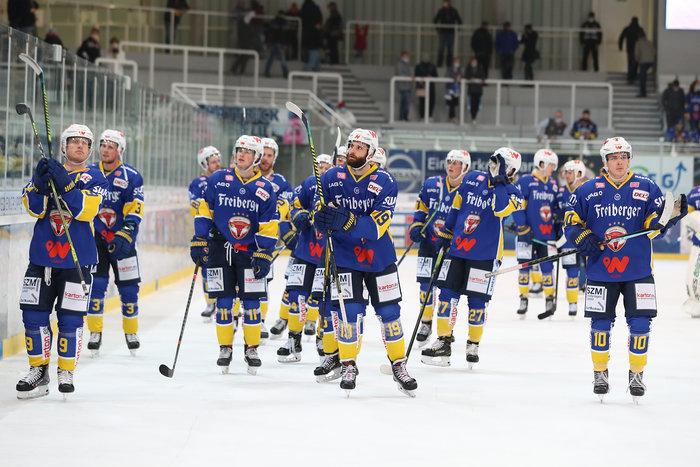 Niederberger hält Eisbären-Sieg über München fest, Weißwasser feiert Derbyerfolg gegen Dresden, klare Siege für Bietigheim, Ravensburg und Bad Tölz