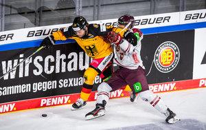 """Überragender Brückmann, Noebels gelingt der """"Lucky Punch"""": DEB-Auswahl besiegt Lettland im letzten Gruppenspiel mit 2:0"""