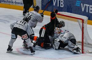 Bayreuth und Landshut nach Siegen nur noch drei Punkte hinter Platz zehn – Frankfurts Suvanto erneut Matchwinner im Top-Spiel