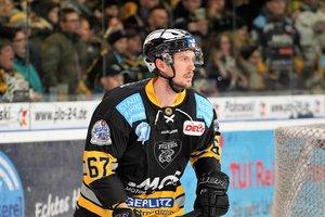Bayreuth Tigers halten den schwedischen Verteidiger Simon Karlsson