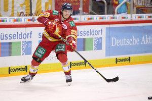 Schwenninger Wild Wings verpflichten Goalie Patrik Cerveny und Defender Johannes Huß