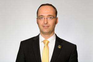 Pinguine bestätigen: Bisheriger Geschäftsführer und Sportdirektor Matthias Roos geht, Roger Nicholas übernimmt beide Posten