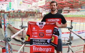 Nach Abschied aus Kassel: Eispiraten Crimmitschau präsentieren Routinier Mario Scalzo für die Defensive