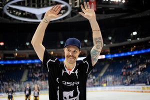 Vertrag bis 2022: Kanadischer Torhüter Justin Pogge wechselt von den Eisbären Berlin zu den Kölner Haien