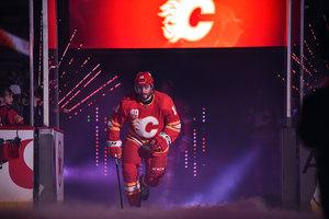 Chicagos Kubalik mit Rekord bei 6:4-Sieg über Draisaitls Oilers, Rieder erzielt sein erstes NHL-Playoff-Tor – Greiss nicht im Einsatz