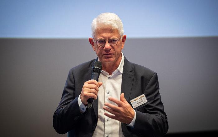 DEB wehrt sich erneut gegen Vorwürfe gegen Reindl und hat Wirtschaftskanzlei mit Aufklärung beauftragt