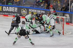 München gewinnt klar in Ingolstadt, Mannheim siegt in Düsseldorf – Schwenninger Wild Wings bleiben nach 1:5 in Köln Letzter