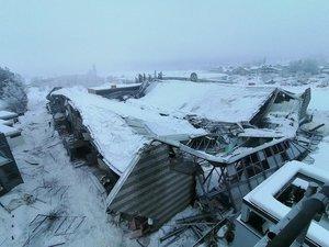 Eishalle in norditalienischer Kleinstadt Sterzing eingestürzt – Nach ersten Erkenntnissen gibt es keine verletzten Personen