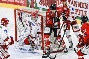 Frankfurt verspielt Sieg bei den Lausitzer Füchsen, Dresden überrascht in Bad Tölz, Nikolas Linsenmaier gewinnt in seinem Jubiläumsspiel