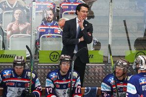 Brad Tapper bleibt Trainer, Top-Scorer Whitney verlängert am Seilersee, Friedrich und fünf weitere Spieler verlassen Iserlohn