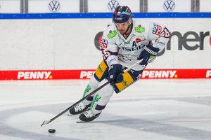 Schwenninger Wild Wings verpflichten John Ramage von den Eisbären Berlin – Christopher Fischer geht nach Heilbronn