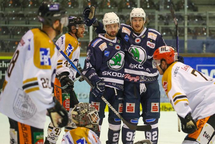 DEL2-Halbfinale: Spiel 4 wird coronabedingt gegen Ravensburg und für Kassel gewertet – Huskies stehen im Endspiel um die Meisterschaft