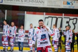 Nach Gewinn der Oberliga-Meisterschaft: Selber Wölfe vermelden Verbleib von Top-Scorer Nick Miglio bis 2023
