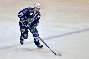 Corey Trivino stürmt weiter für die Kassel Huskies – Verteidiger Benjamin Hüfner geht vom DEL2-Meister Bietigheim nach Herne