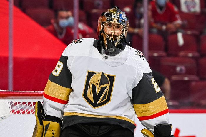 Vegas Golden Knights geben Marc-Andre Fleury an die Chicago Blackhawks ab – Torhüter denkt über Karriereende nach