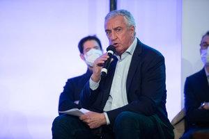 Luc Tardif neuer Präsident des Weltverbandes! Sieg über Franz Reindl in der finalen Abstimmung